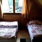 Chatky Zlaté Hory - interiér 01 - pokoj